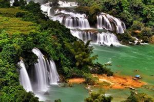Водопады на острове Фукуок