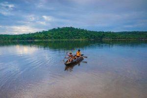Неизвестная локация: Озеро Duong Dong Lake