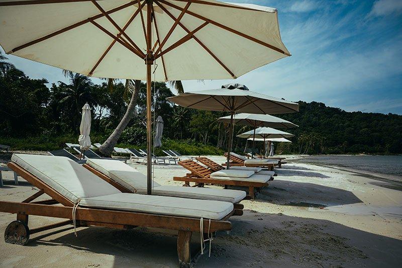 Лежак на Пляже Бай Сао