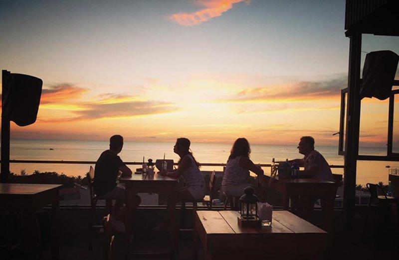 Skye Rooftop Bar