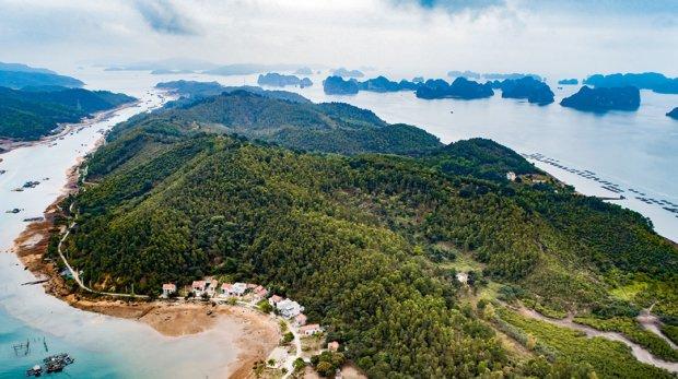 Бухта Халонг: место, где дракон спускается к морю